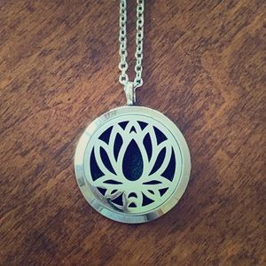Jewelry - NEW Lotus Flower Diffuser Necklace